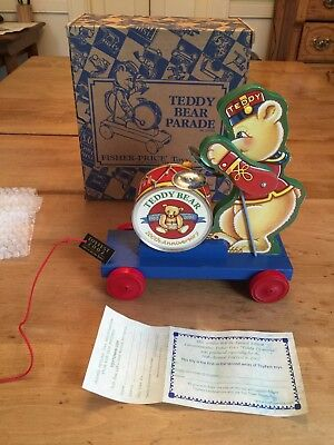 Fisher Price 2002 TEDDY BEAR Parade Toytown Pull Toy Limited Edition Orig. Box