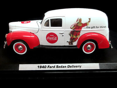 BRAND NEW Coca-Cola 1955 Diamond T Bottle Delivery Truck 1:60 Yellow Motorcity