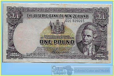 NZ. - Pound 'Wilson' 1955-56 Three Number Prefix (Pick.159b) .. F-VF