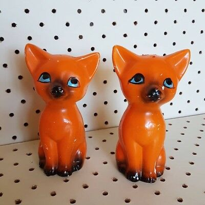 vintage retro cat salt and pepper shakers made in Japan kitsch orange