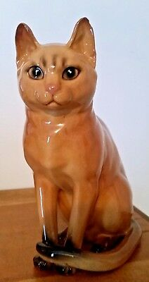 1967 Abyssinian Cat Figurine No Box Very Good Condition Small Chip on Ear No Box