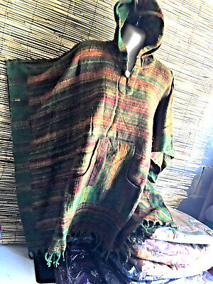 Lot of 5 poncho hoodies.Warm and cozy feel fabric.Suit unisex.Kanga front pocket