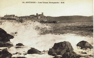 CPA - Carte postale - France - ANTIBES - Les Vieux Ramparts ( CPV 178)