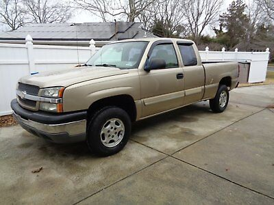 2004 Chevrolet Silverado 1500  2004 Chevy Silerado 4x4 , new tires never been on the road.