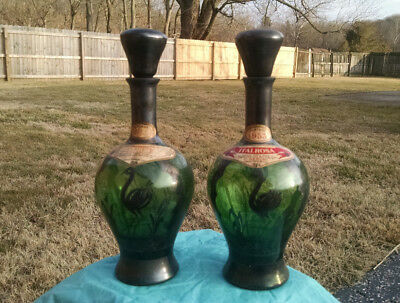 2 Rare Vintage Intrinsically Detailed Italrosa Wine Bottle Decanter with Stopper