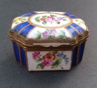 Antique Sevres Miniature French Porcelain Hand Painted Hinged Trinket Snuff Box