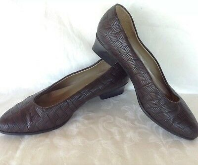 Vintage Leather Court Shoes ROMEO BETTINI Made In Italy Size 8 Brown Low Heels