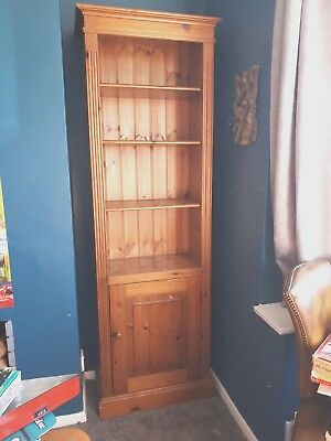 Pinetum tall Pine Bookcase with cupboard - Solid wood, adjustable shelves