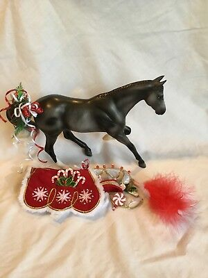 Breyer 2015 Holiday Horse peppermint kiss
