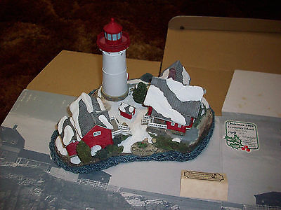 Harbour Lights Crossover Island Lighthouse #714 N.y  Christmas 2002