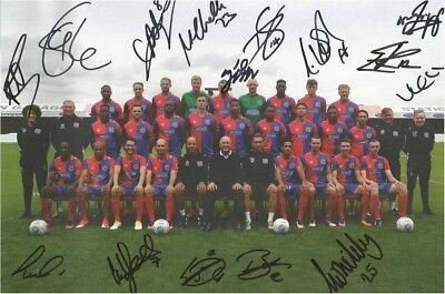 "Dagenham & Redbridge Signed Team Photo  2017 6"" X 4"""