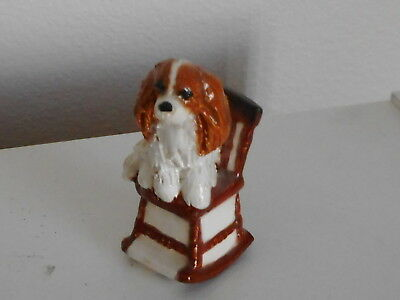 Vtg Figurine Of A Cavalier King Charles Spaniel Dog On Chair Signed By Artist