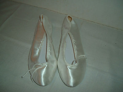 WHITE Satin Ballet Slippers Shoe~Theatrical~Used 1x~Perfect for WEDDING~EXCLLENT