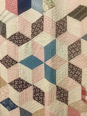 1930s-40 TUMBLING BLOCKS QUILT/Feed Sack Quilt/Dancing Cube Handmade Quilt 76x74
