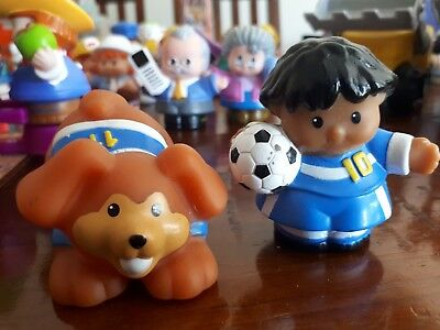 FISHER PRICE toys Little People soccer set includes dog + player with ball. EUC