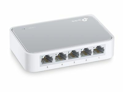Fast Ethernet Switch Plug And Play Desktop Rack Mount Innovative Energy Efficien