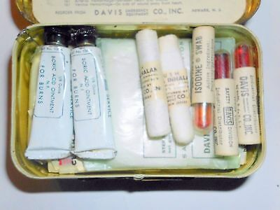 NEVER USED ANTIQUE FIRST AID PACKET DAVIS FULL SAFETY TIN (~Make an Offer ~)