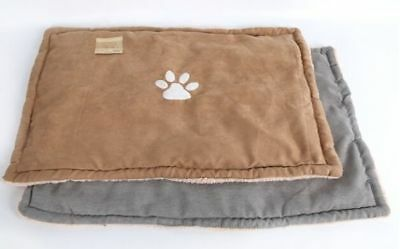Faux Suede and Fleecy Cosy Warm Pet Mat Bed Dog Puppy Paw Design 75 x 50 cm