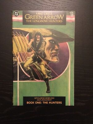 Green Arrow Longbow Hunters #1, Great Condition!