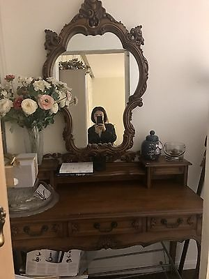 Solid Mahogany Dresser Table With Mirror And Drawers