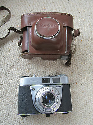 Vintage 1960's Kodak Retinette 1A 35mm Camera and case