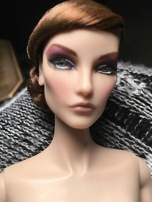 Mint Blue Blood Elyse Jolie Doll/Outfit- Integrity-FR-Iconic -2009