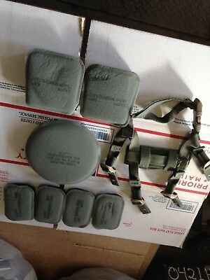 "USGI Ach Zap Helmet Pad Set 7-Piece 3/4"" With Chin Strap Foliage Green & Black"