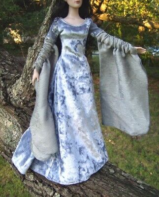 """ARWEN Dress Tonner 16"""" OUTFIT Doll Clothes Lord of the Rings Medieval Elven Gown"""