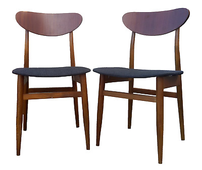 S T U N N I N G Set of  2 Danish Mid Century Modern Dining Chairs