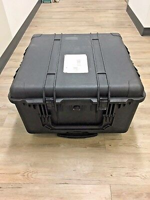 Pelican 1640 Travel Case with Roller