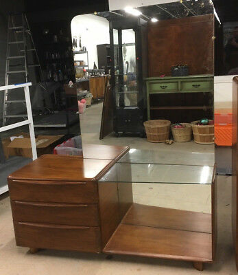 Heywood Wakefield Dresser with Mirror Lot SN102 Local Pickup or send your shippe