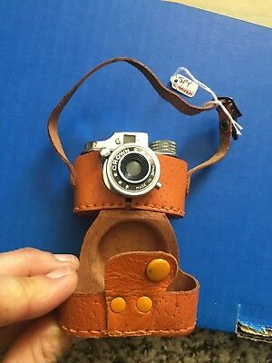 Vintage 1950's Mini Spy Camera made by Hit