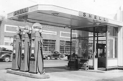 LOT-2 Vintage Real Photos Of Shell Gas Station-Next To Lincoln Car Building