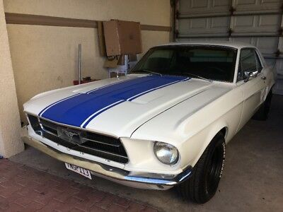1967 Ford Mustang Coupe Mustang 1967 Coupe 289 all matchig CA car