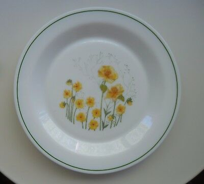 Vintage Retro Arcopal France Dinner Plate *Yellow Jonquil / Daffodil Pattern