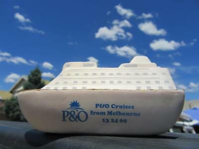 1932-Present Day P&O Cruise From Melbourne Novelty Souvenir Rubber Model of Crui