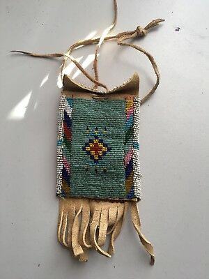 Antique Plains Indian Blackfoot Beaded Purse Native American