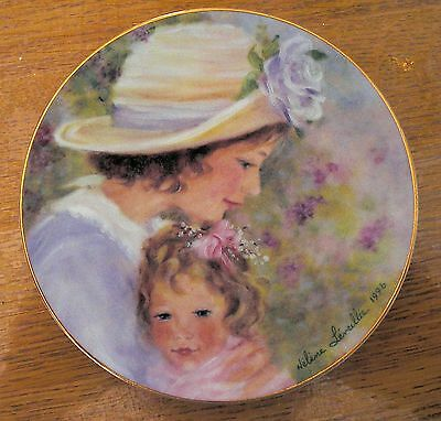 Avon Collectible Porcelain Plate 1996 Mother's Day Plate Trimmed 22K Gold Rim