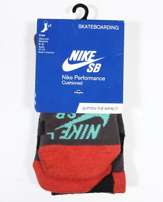 Boy's Nike SB Skateboarding Crew Performance Cushioned Socks Youth 3Y-5Y WM 4-6