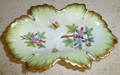 Herend Hungary Queen Victoria Scalloped Trinket Dish, Pre-Owned