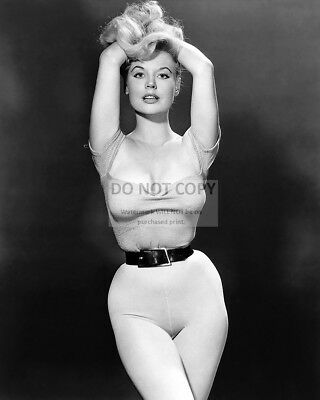 BETTY BROSMER 1950s MODEL PIN UP - 8X10 PUBLICITY PHOTO (AZ289)