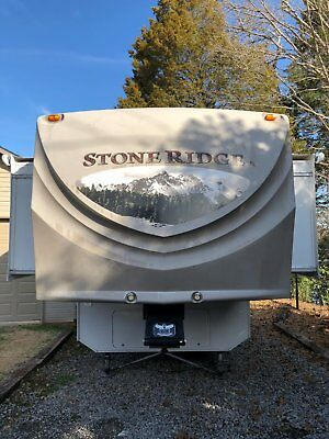 2012 K-Z Stoneridge 5th Wheel Camper