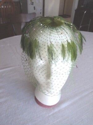Vintage - Unique Ladies Green Feather Hat With Beads And Netting