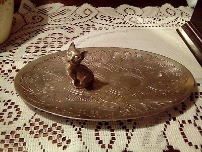 vintage oval  tray metal with a sitting cat on tray