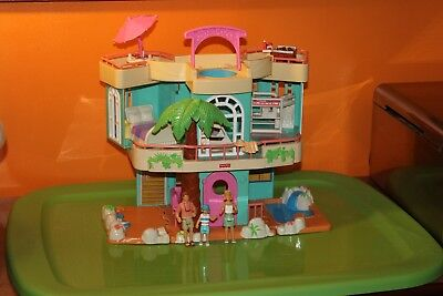 Fisher Price Loving Family Sweet Streets Beach House excellent and complete