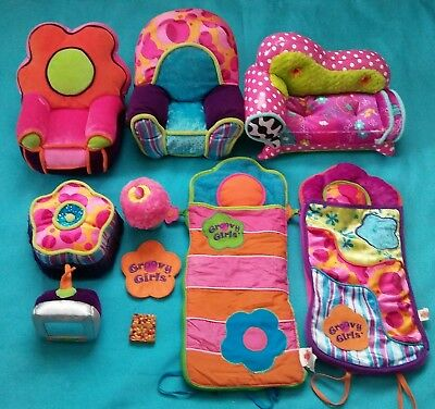 """Groovy Girls Large """"Lot"""" 22 Pieces Chairs,Ottomon,TV,Sleeping Bags,Towel"""