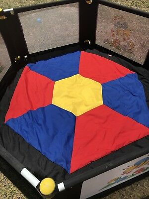 Vee Bee 6 Sided Play Yard With Play Mat