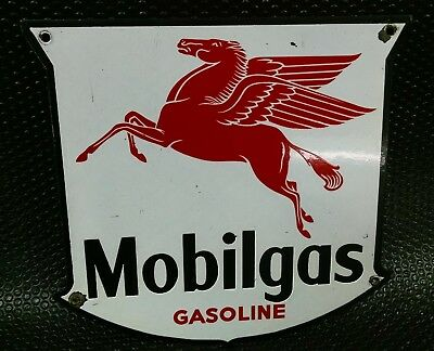 ORIGINAL Mobilgas Gasoline Black Border West Coast Pump Sign