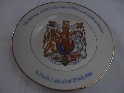 Commemorative Royal Wedding Plate Of Prince Of Wales & Lady Diana Spencer 1981
