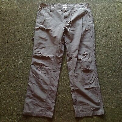 Columbia Omni-shield size 38 mans green outdoors hiking pants in EC